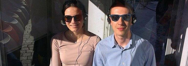 Simultano prevođenje sa sunčanim naočalama